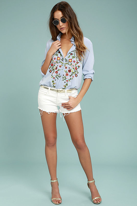Beautiful Imagery Light Blue Embroidered Button-Up Top 2