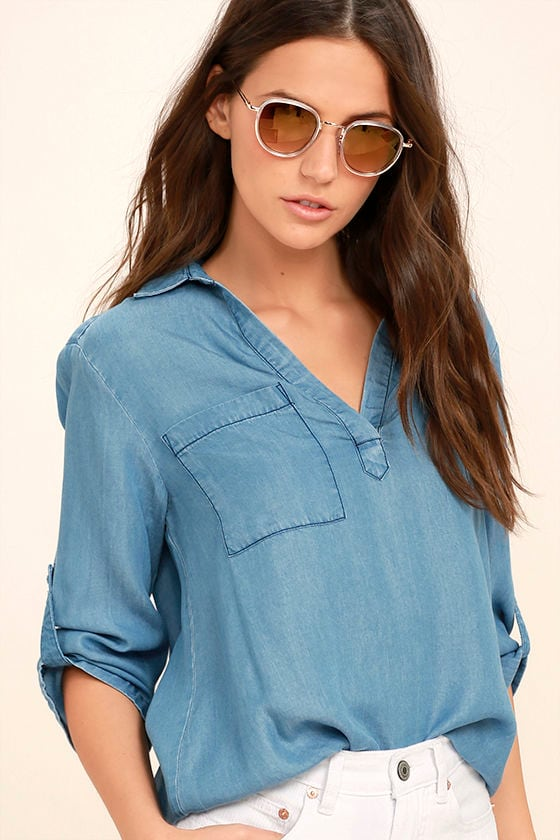 Remy Blue Chambray High-Low Top 1