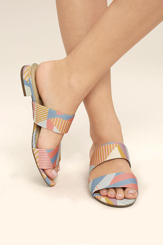 80039d53d Circus by Sam Edelman Delaney - Peach Multi Print Sandals - Slide ...