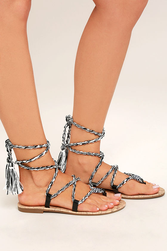 Circus by Sam Edelman Beth Black Lace-Up Flat Sandals 3