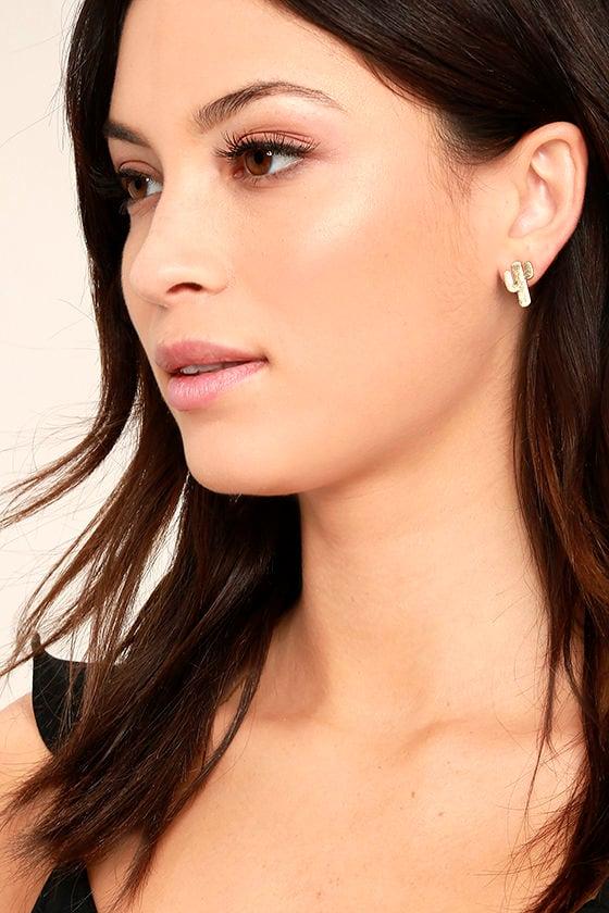 Desert Flower Gold Earrings 1