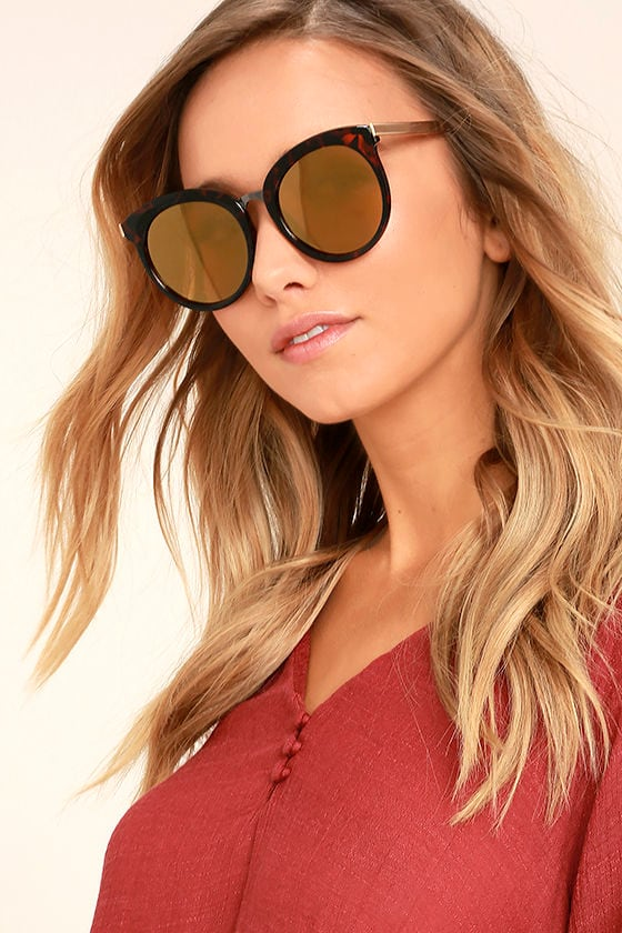 I'm In Tortoise and Gold Mirrored Sunglasses 1