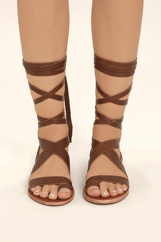 Sbicca Zaylee Brown Leather Lace-Up Flat Sandals 2