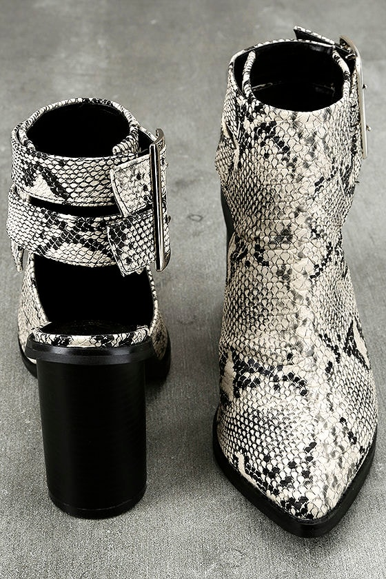 Keelin Snake Pointed Ankle Booties 3