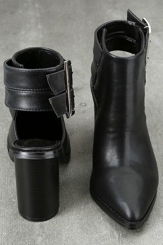 Keelin Black Pointed Ankle Booties 3