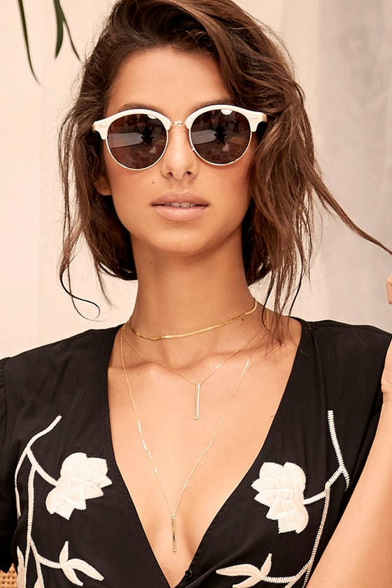 Digging It White Sunglasses 1