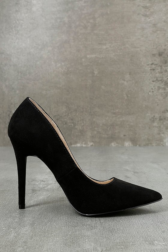 Circe Black Embroidered Pointed Pumps 4
