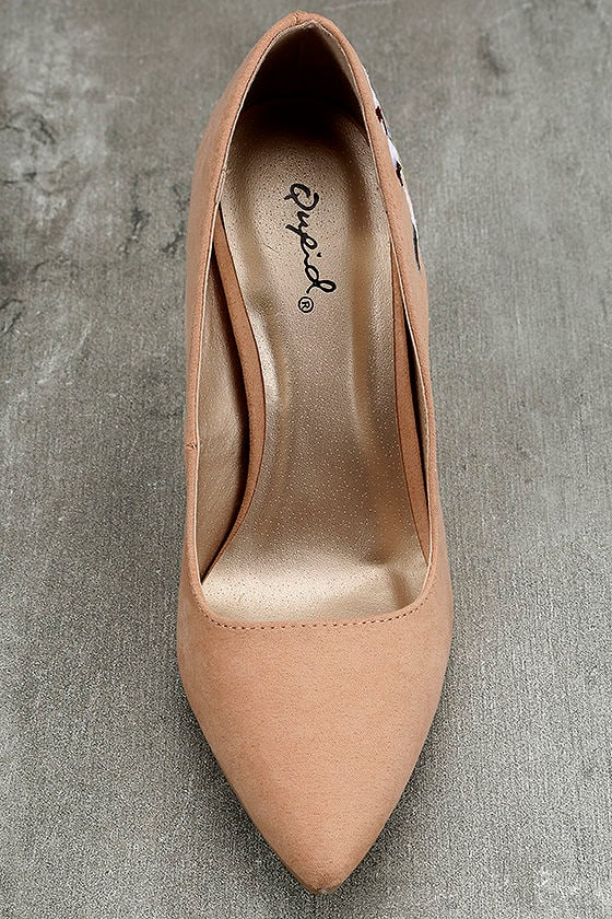 Circe Blush Embroidered Pointed Pumps 5