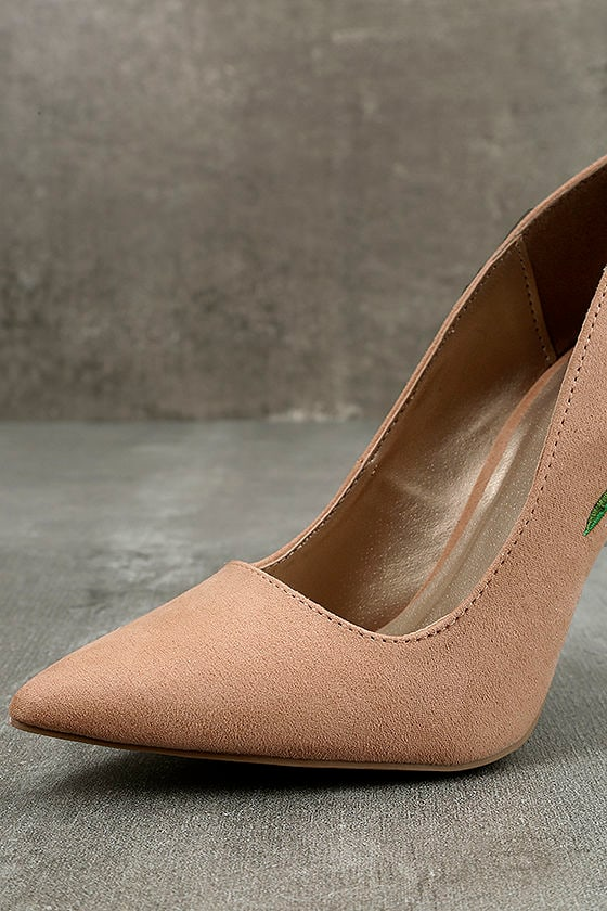 Circe Blush Embroidered Pointed Pumps 6