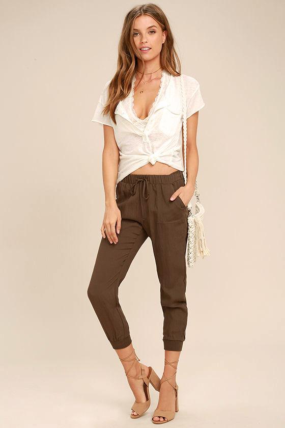 Widely-Popular Khaki Jogger Pants 1