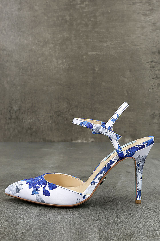 Betsey Johnson SB-Anina Blue Multi Heels 2