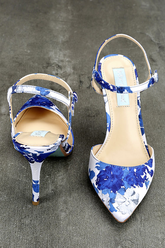 Betsey Johnson SB-Anina Blue Multi Heels 3