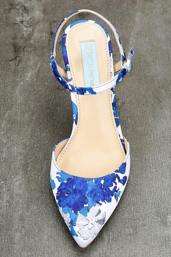 Betsey Johnson SB-Anina Blue Multi Heels 5