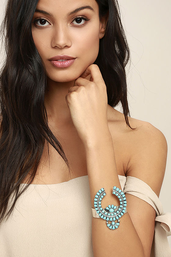 Ceremonial Silver and Turquoise Cuff Bracelet 1