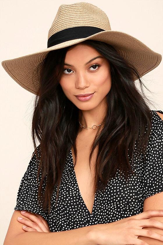 Professional Lounger Tan Floppy Straw Hat 1