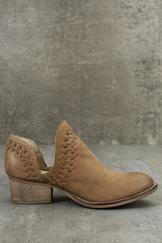 Rebels RB Cathy Tan Leather Cutout Booties 4