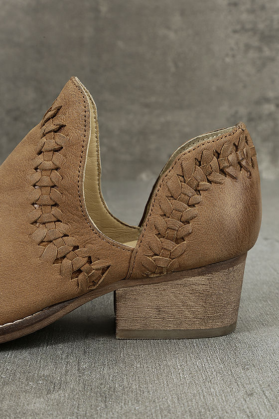Rebels RB Cathy Tan Leather Cutout Booties 7
