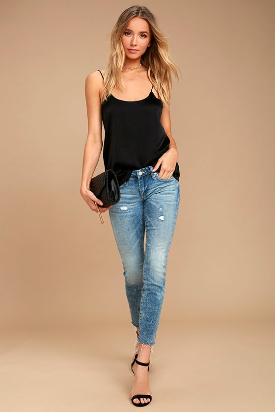c11ead55ef2 Blank NYC Skinny Classique - Light Wash Jeans -Distressed Jeans - Skinny  Jeans