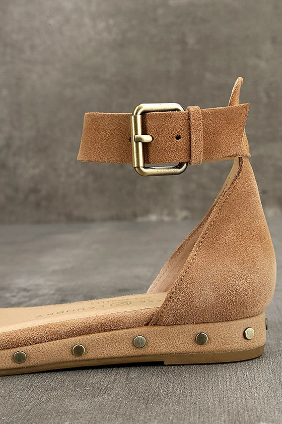 Chinese Laundry Grady Camel Suede Leather Ankle Strap Sandals 7