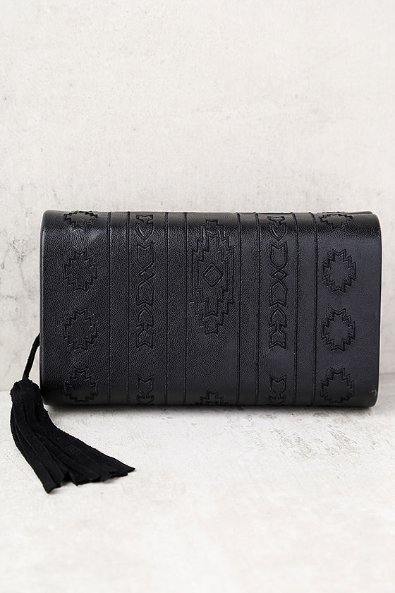Cassidy Black Embroidered Clutch 1