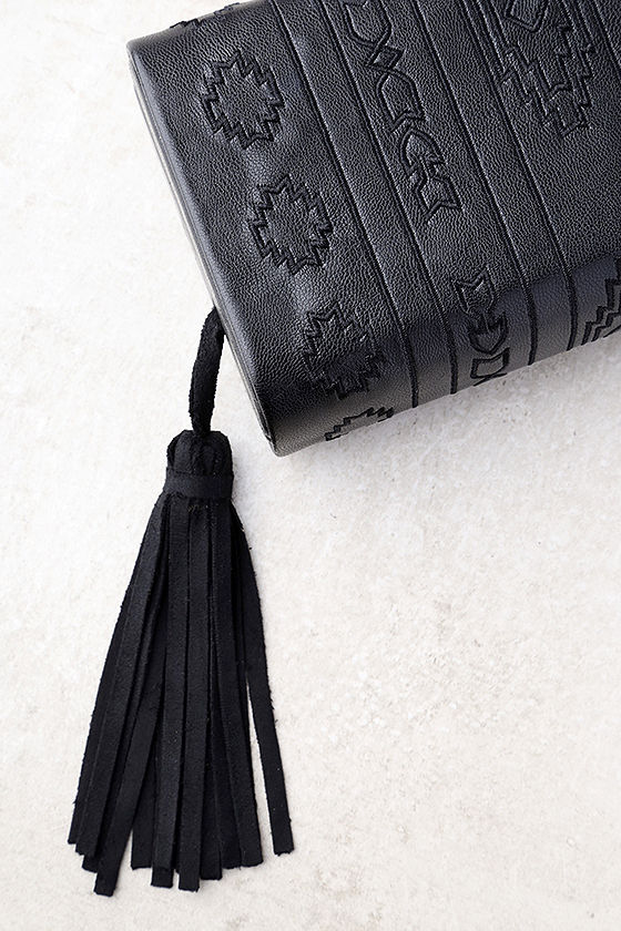 Cassidy Black Embroidered Clutch 2