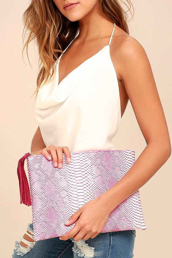 Sultry Sidewinder Pink Snake Print Clutch 1