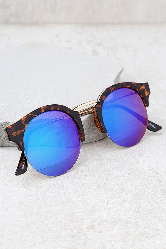 Sure Stunner Tortoise and Blue Mirrored Sunglasses 1