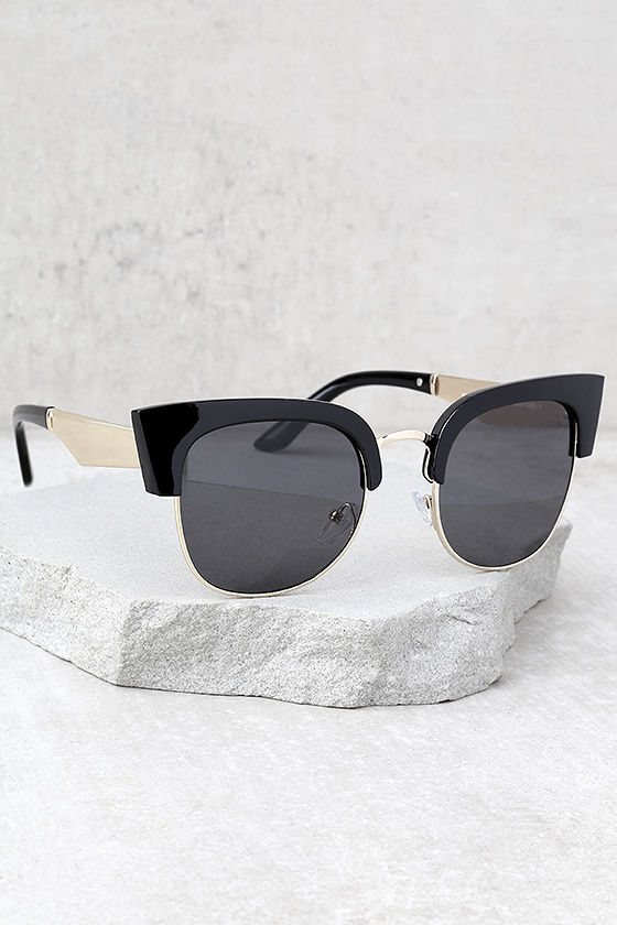 Totally Classic Black Sunglasses 1