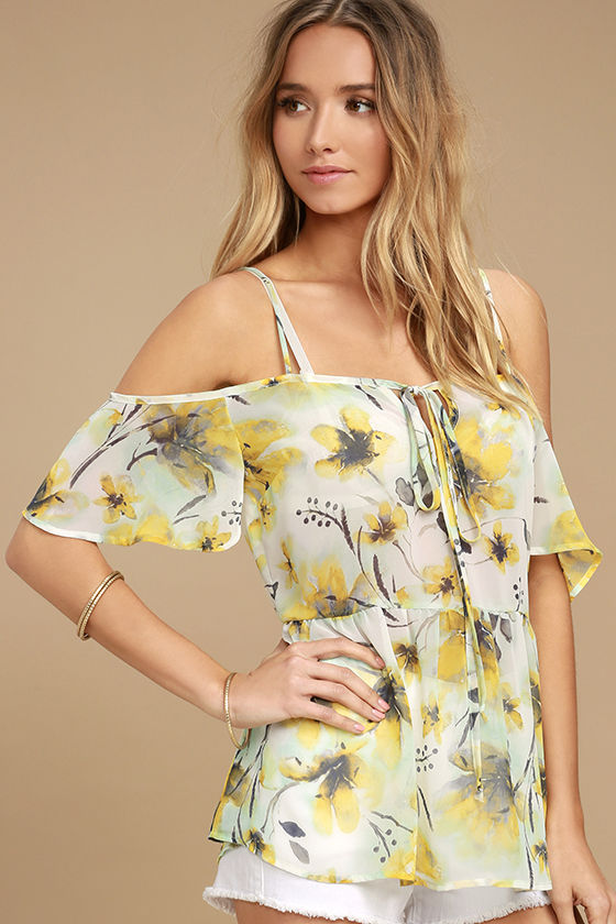 Trip to the Tropics Yellow Floral Print Off-the-Shoulder Top 3