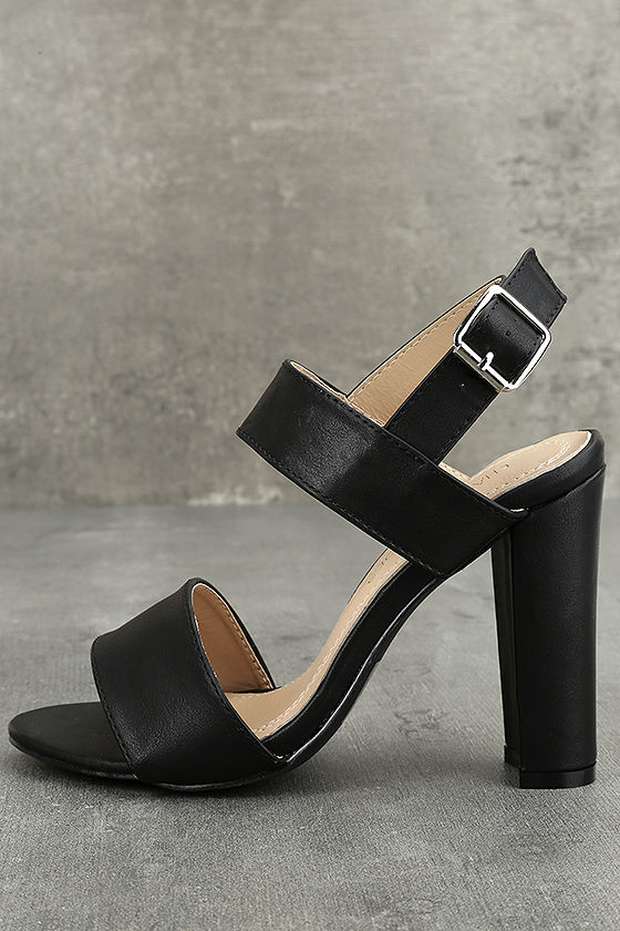 Hanneli Black High Heel Sandals 1