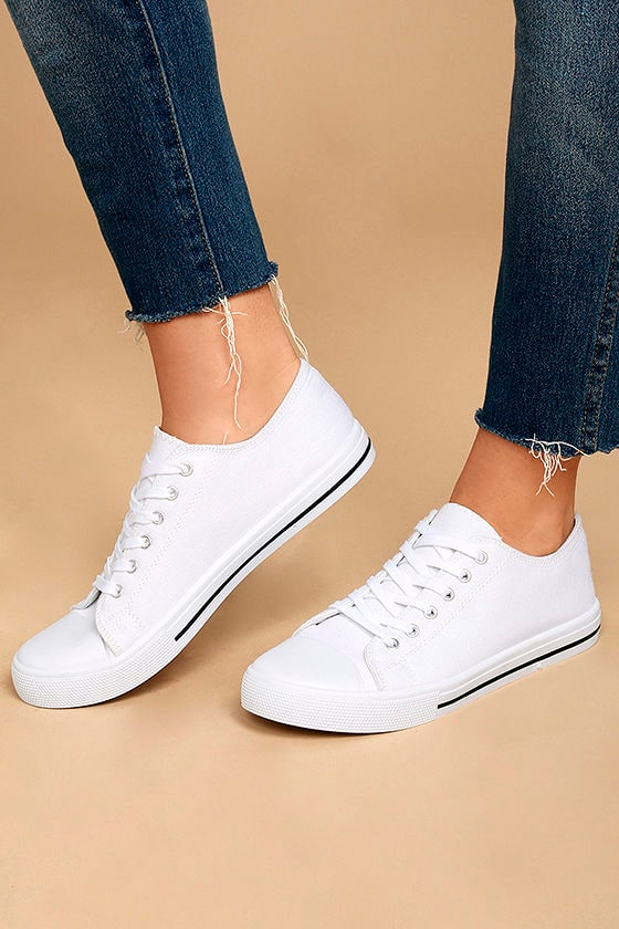 Americana White Canvas Sneakers 1