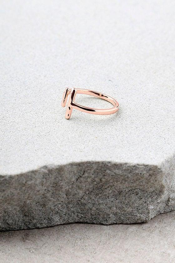 Shashi Lynda Rose Gold Ring 2