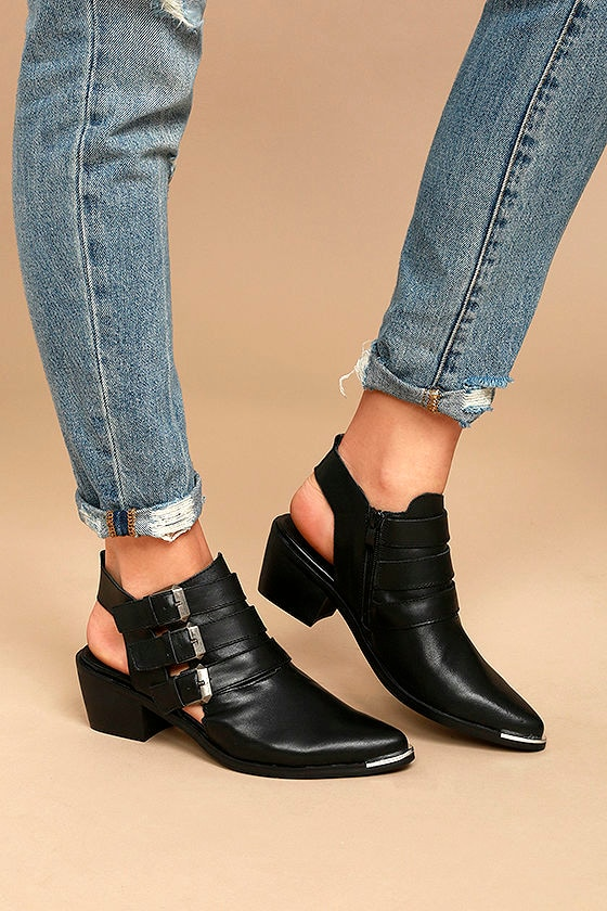 Sixtyseven 78551 Napa Black Leather Pointed Ankle Booties 2