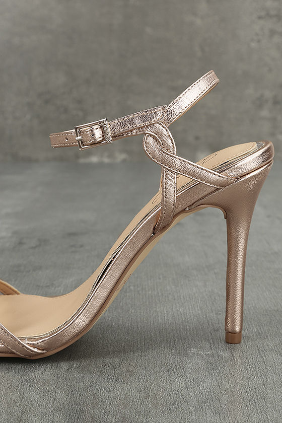 Jewel by Badgley Mischka Hepburn II Rose Gold Leather Heels 7