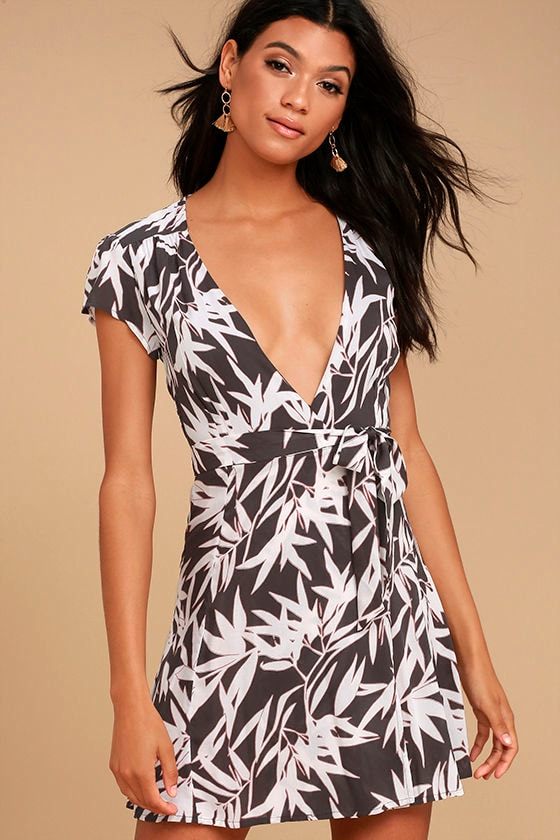 Amuse Society Turner Charcoal Grey Print Wrap Dress