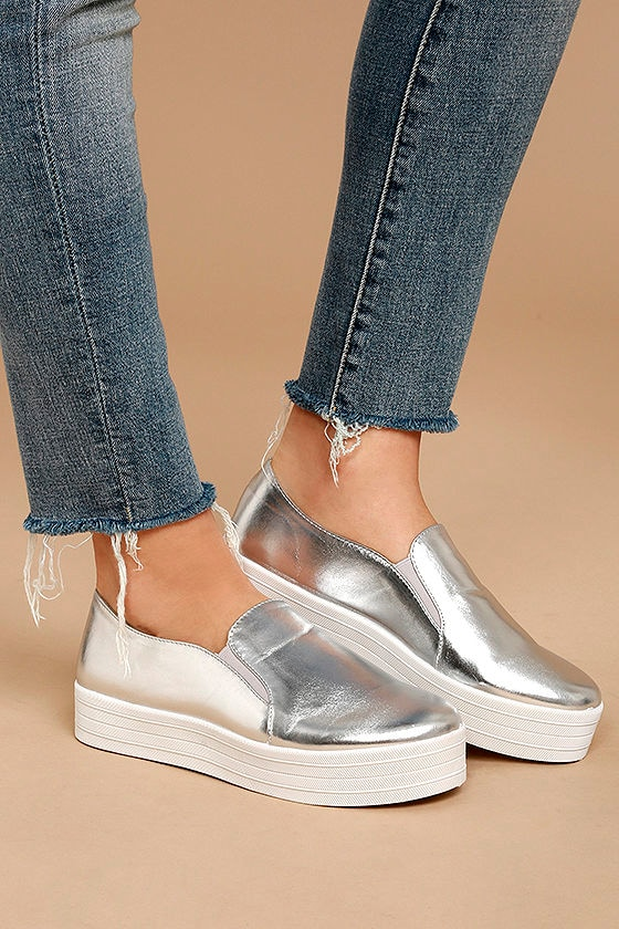 Alzena Silver Flatform Slip-On Sneakers 2