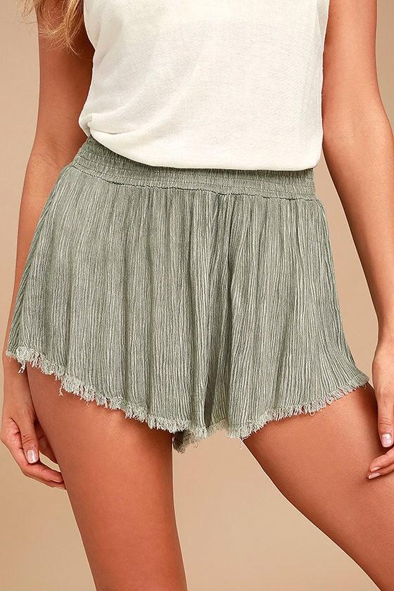 Darrah Olive Green Print Shorts 1