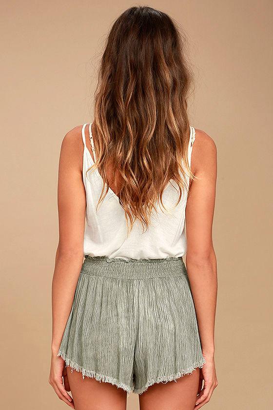 Darrah Olive Green Print Shorts 3