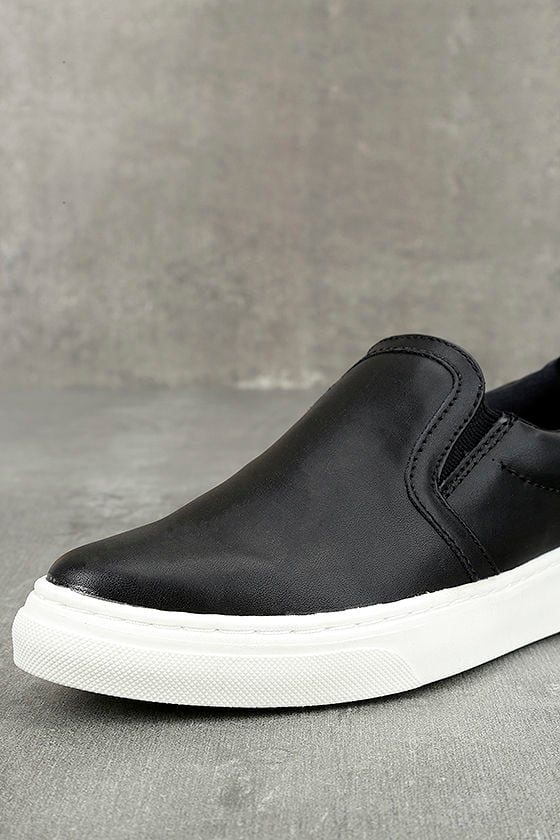 Ninette Black Slip-On Sneakers 5