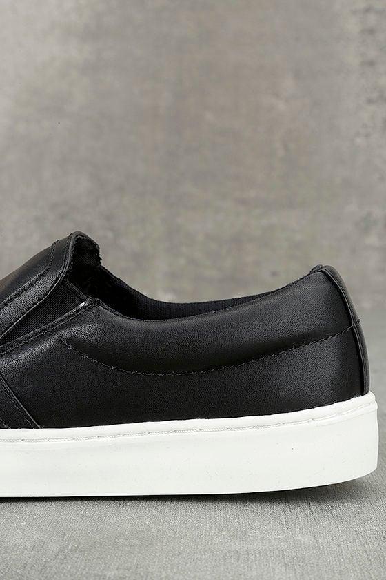 Ninette Black Slip-On Sneakers 6