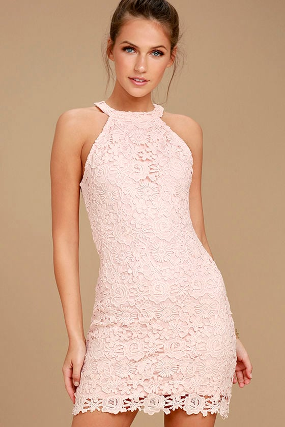 Lace cocktail dress in pink