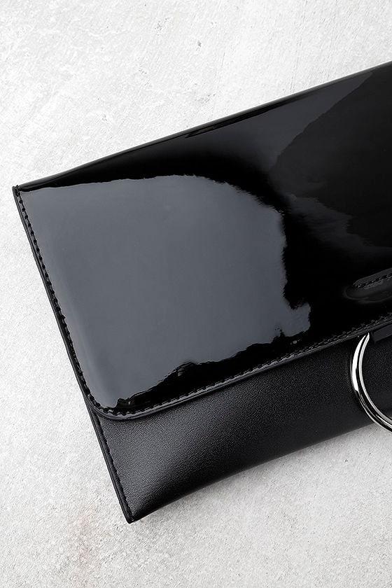 Easy Elegance Black Patent Clutch 2