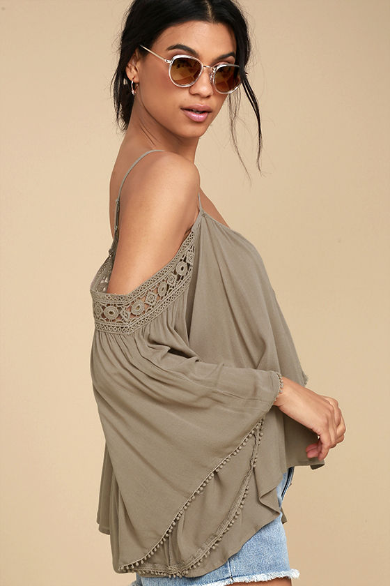 I Feel It Brown Lace Off-the-Shoulder Top 2