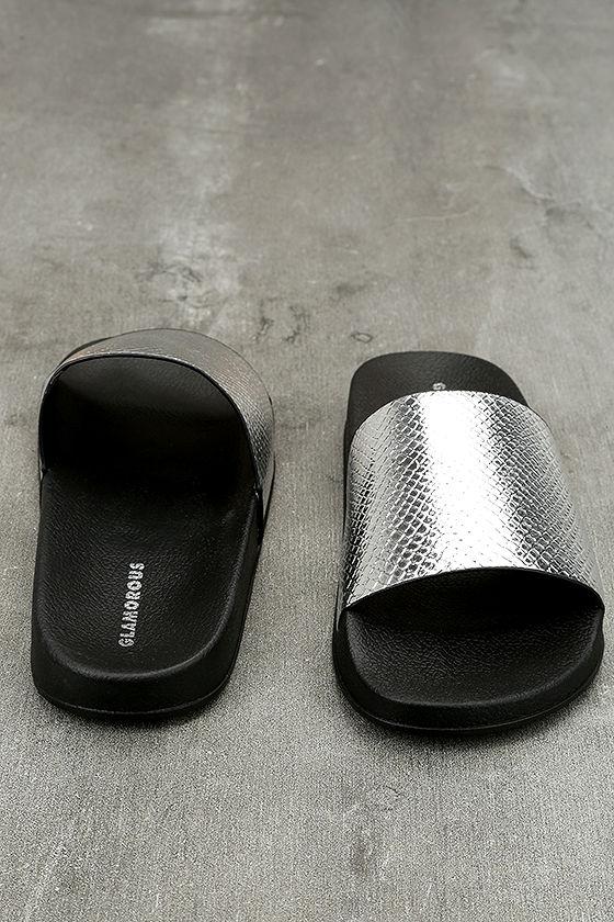 Glamorous Quinn Metallic Silver Slide Sandals 2