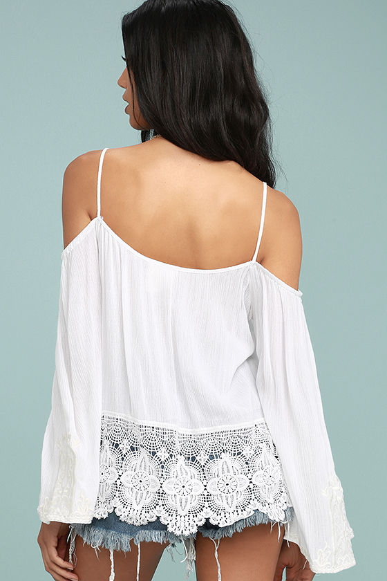 PPLA Mariela White Lace Off-the-Shoulder Top 3