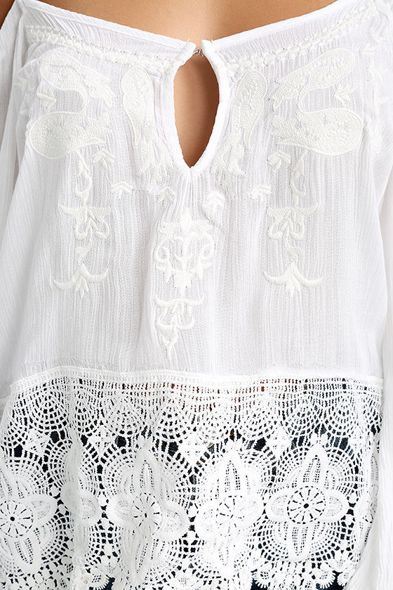 PPLA Mariela White Lace Off-the-Shoulder Top 4