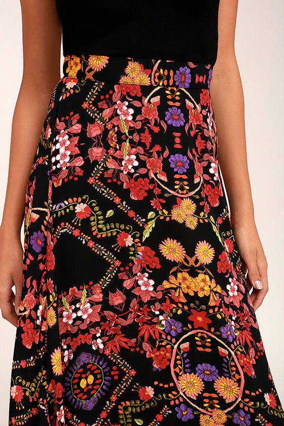 Immensely Talented Black Floral Print Maxi Skirt 4