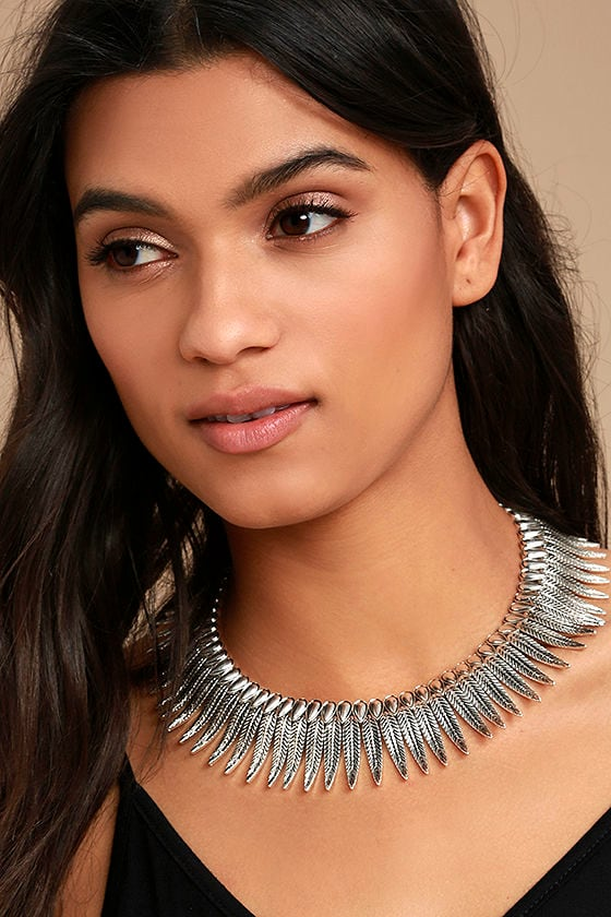 Rise and Soar Silver Feather Choker Necklace 1