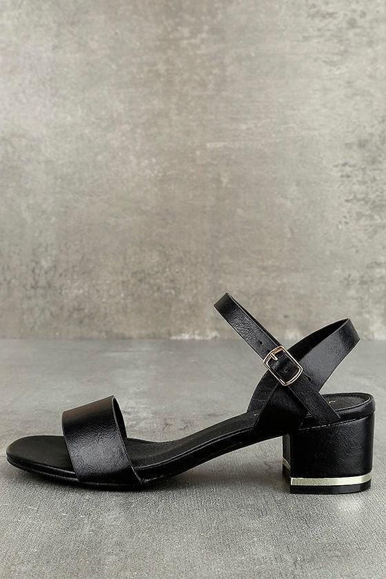 Lila Grace Black High Heel Sandals 1