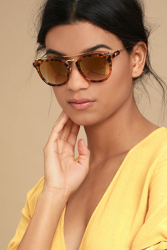 Perverse Lynna Tortoise and Gold mirrored Sunglasses 1